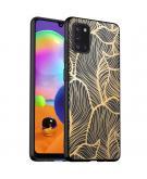 Design voor de Samsung Galaxy A31 hoesje - Bladeren - Goud / Zwart
